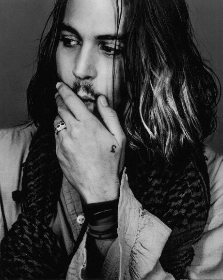 Johnny-Depp-johnny-depp-21247176-795-1000