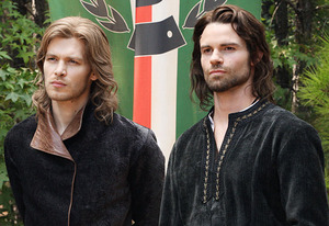 the original vampires at play, Klaus and Elijah looking kinda sexy with the long locks ;)